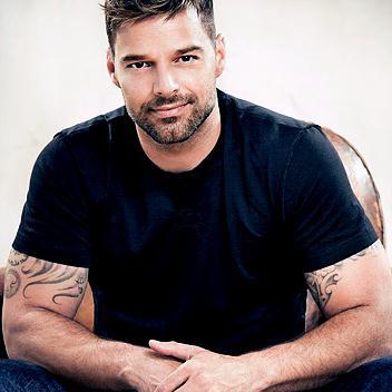 Ricky Martin (Un, Dos, Tres) Maria pictures